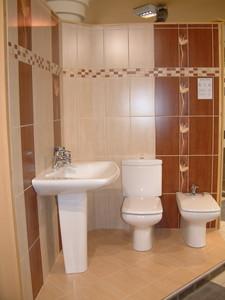 Fürdőszoba Felújítás Budapest - Burkolás - Lakásfelújítás - Festés